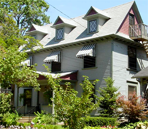 Photo of a three story historic home in the Heritage Hill neighborhood of Grand Rapids, MI